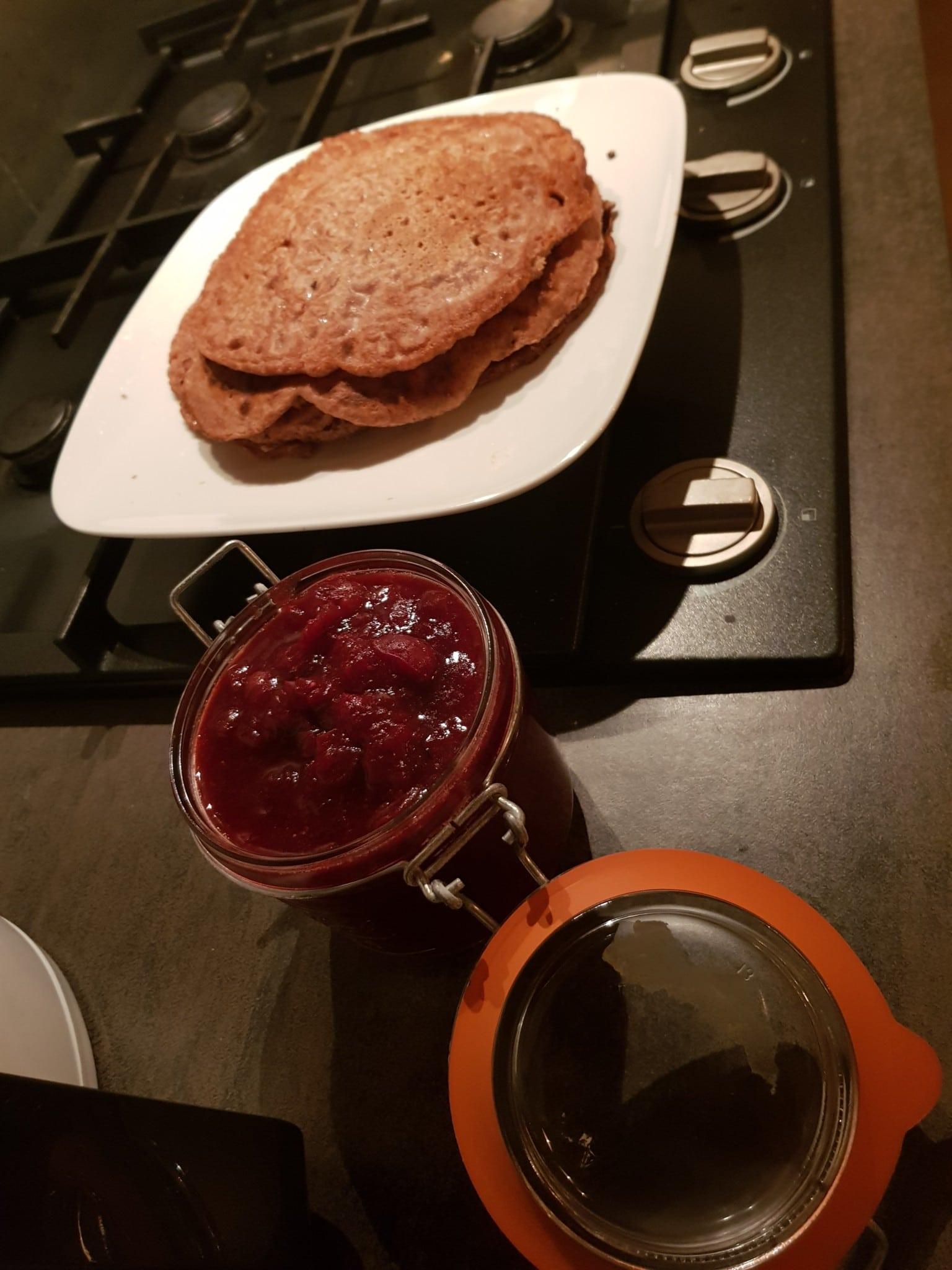 bietenpannenkoek met cranberry compote